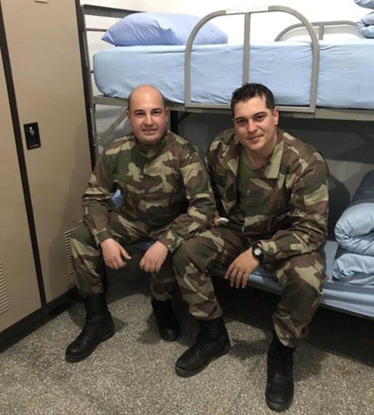 Ulusoy'un yeni askerlik fotoğrafları! - Sayfa 2