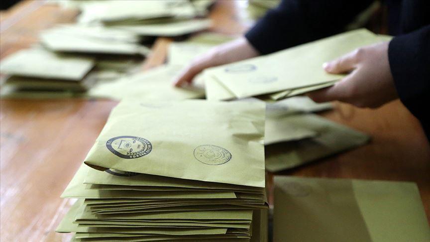 Son seçim anketi! 3 parti baraj altında kalıyor - Sayfa 4