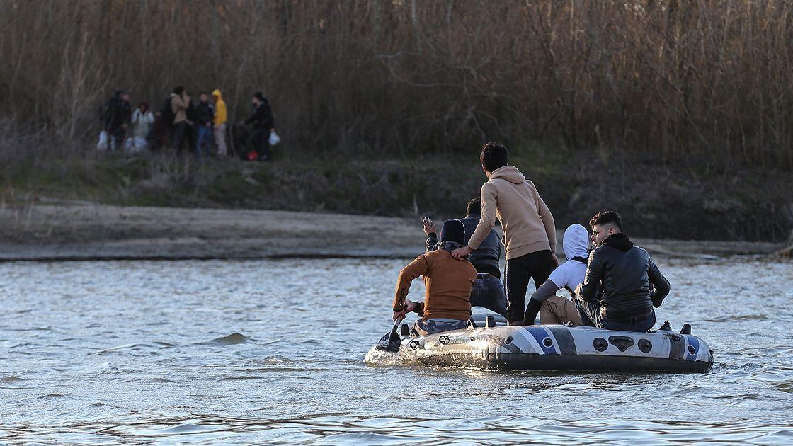 Son iki hafta içinde 147 bin sığınmacı geçiş yaptı - Sayfa 1