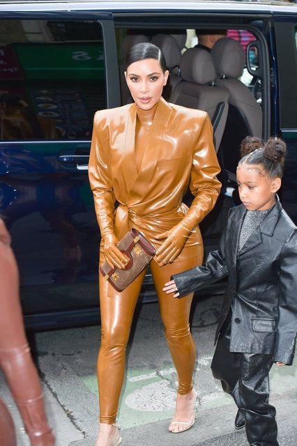 Kim Kardashian: Canım acıyor! - Sayfa 1