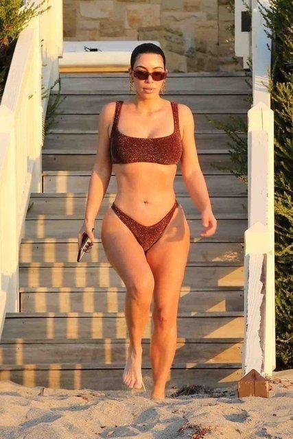 Kim Kardashian, Malibu'da - Sayfa 4