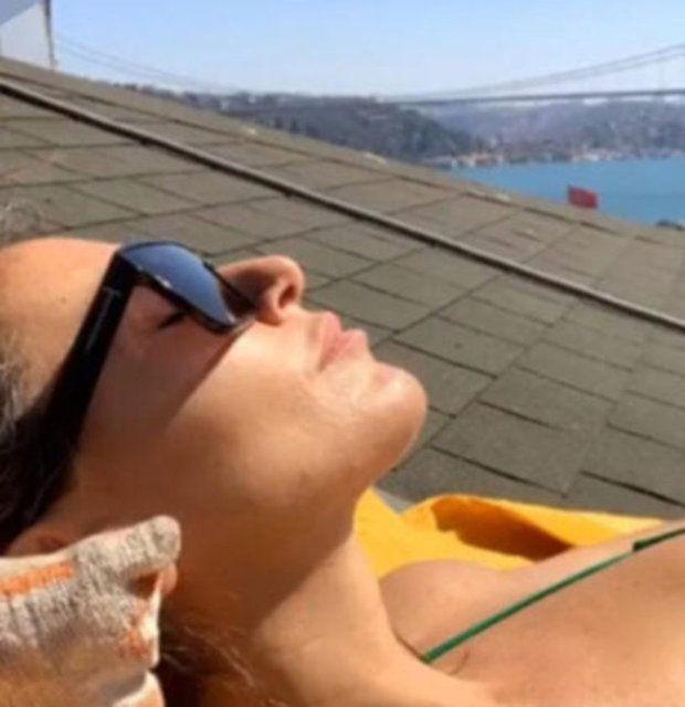 Eda Taşpınar: Lütfen hayatımın aşkıyla Santorini'de... - Sayfa 4