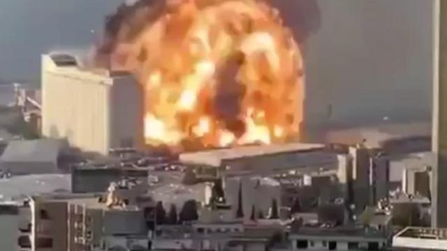 Beyrut'ta patlama! 2 hafta OHAL ilan edildi