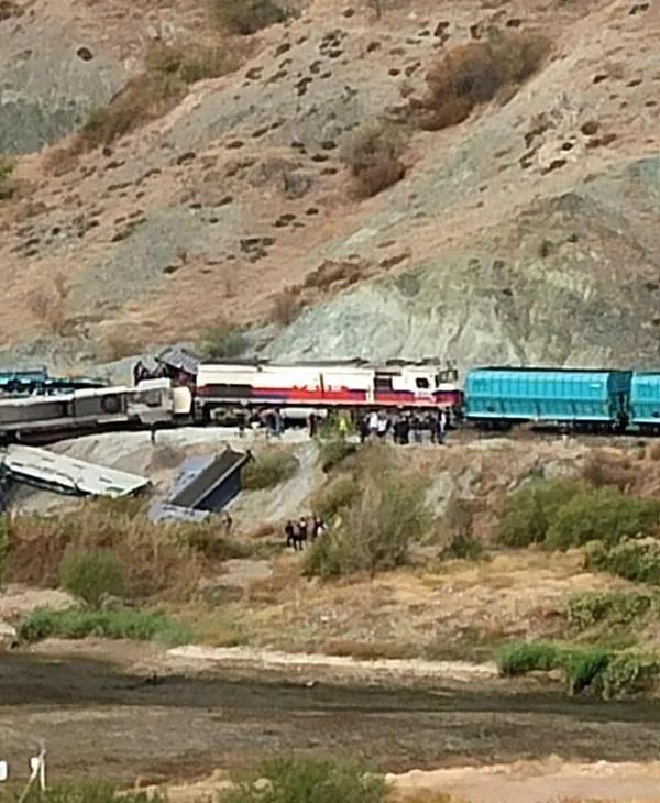 Ankara'da iki tren çarpıştı: 2 ölü - Sayfa 4