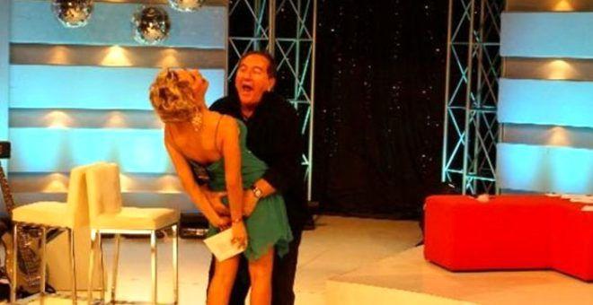 Kimi partnerinin kalçalarına dokundu kimi konuğunun pantolonunu indirdi! İşte Türk televizyon tarihi - Sayfa 1