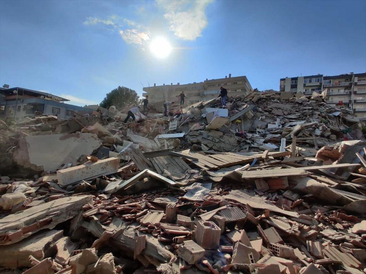 İzmir depreminde son durum - Sayfa 1