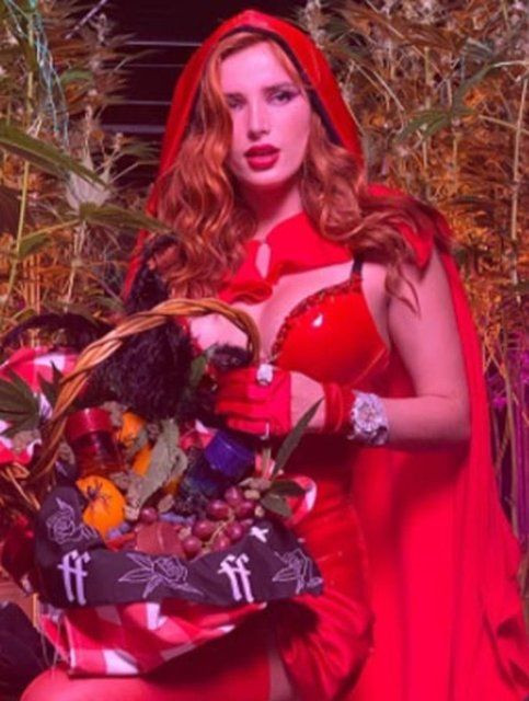 Bella Thorne: Büyükannem kıyafetimi onaylamadı - Sayfa 3