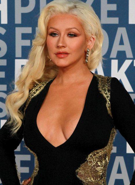 Christina Aguilera: Sana minnettarım - Sayfa 1
