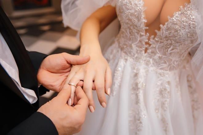 Evlendiği şişme bebeği ayı dolmadan parçaladı! Tamire verdi, yeni yılı bekliyor - Sayfa 2