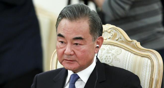 Serdar Ortaç'ın Çinli bakana olan benzerliği görenleri hayrete düşürdü - Sayfa 1