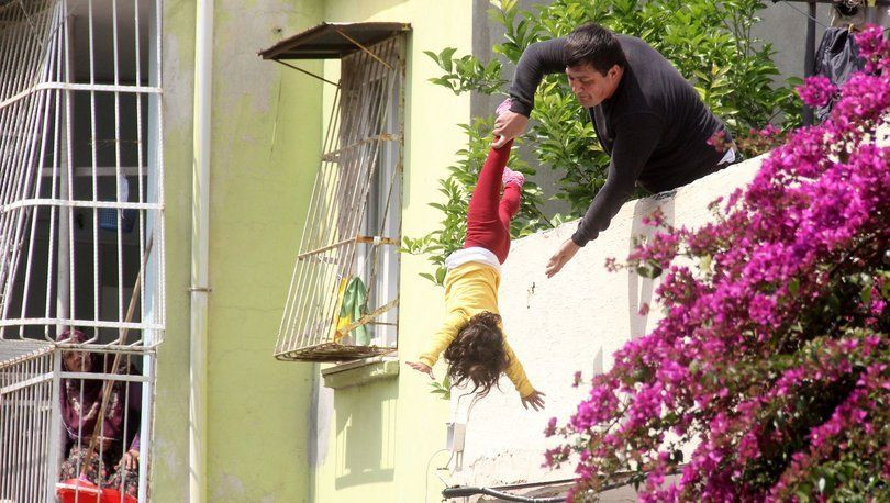 4 yaşındaki çocuğu aşağı atmakla tehdit etti - Sayfa 2