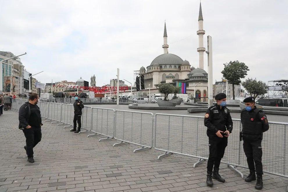 Taksim Camii ibadete açıldı - Sayfa 3