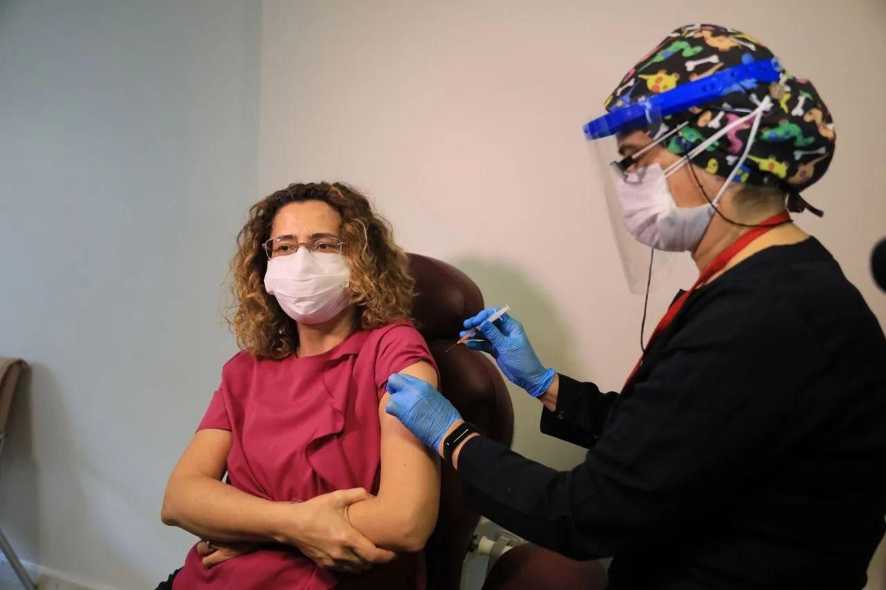 Prof. Ceyhan açıkladı: Koronavirüs aşısında 3. doz gerekli mi? - Sayfa 4