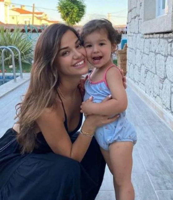 Selin Yağcıoğlu ile Berk Atan aşk yaşıyor! - Sayfa 4