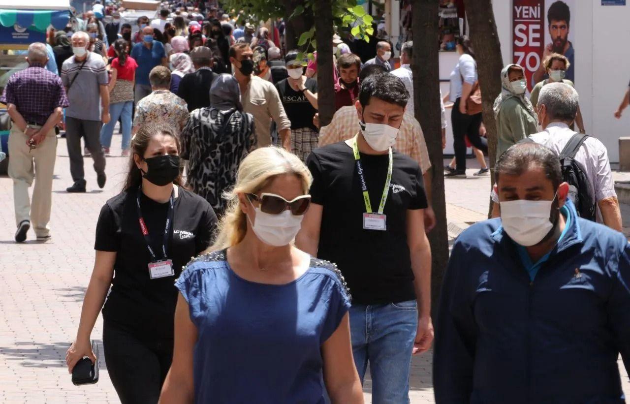 Bilim Kurulu üyesi Prof. İlhan: 4. dalga 'aşısızlar pandemisi' olabilir - Sayfa 1