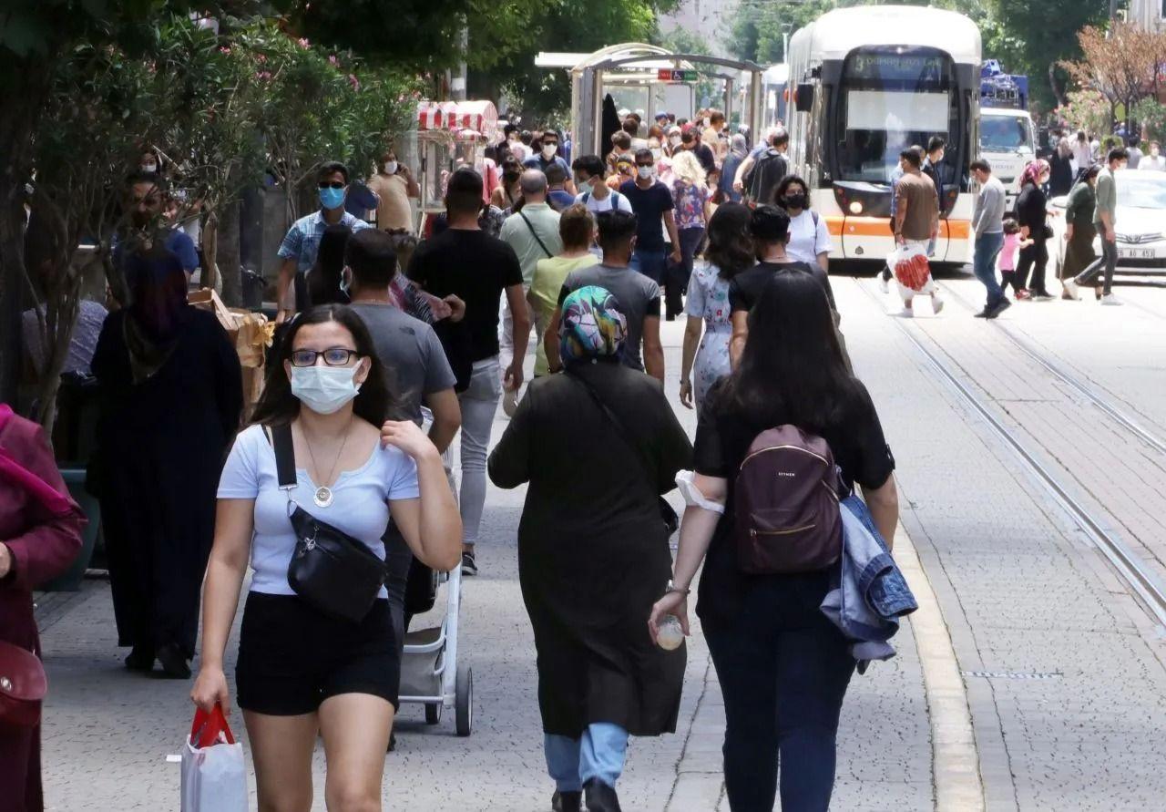 Bilim Kurulu üyesi Prof. İlhan: 4. dalga 'aşısızlar pandemisi' olabilir - Sayfa 3