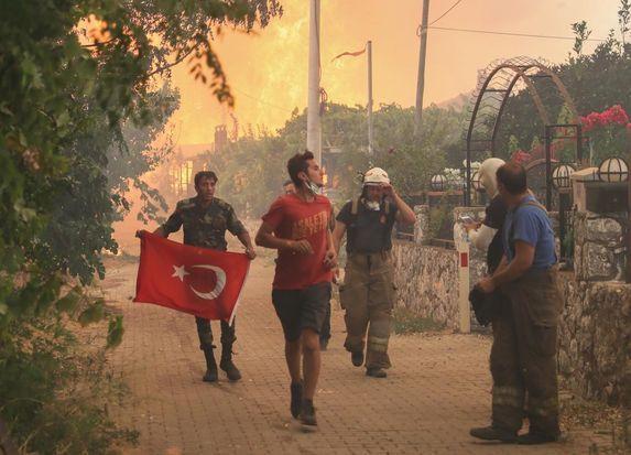 Azerbaycanlı itfaiyecilerin Türk bayrağı duyarlılığı - Sayfa 4