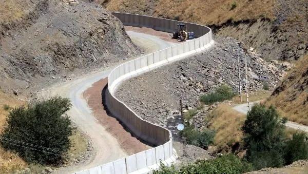 İran sınırına 43 kilometre beton duvar örüldü - Sayfa 2